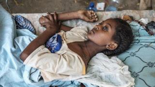 Konflikt voblasti Tigray: děti sužuje násilí, hlad anemoci