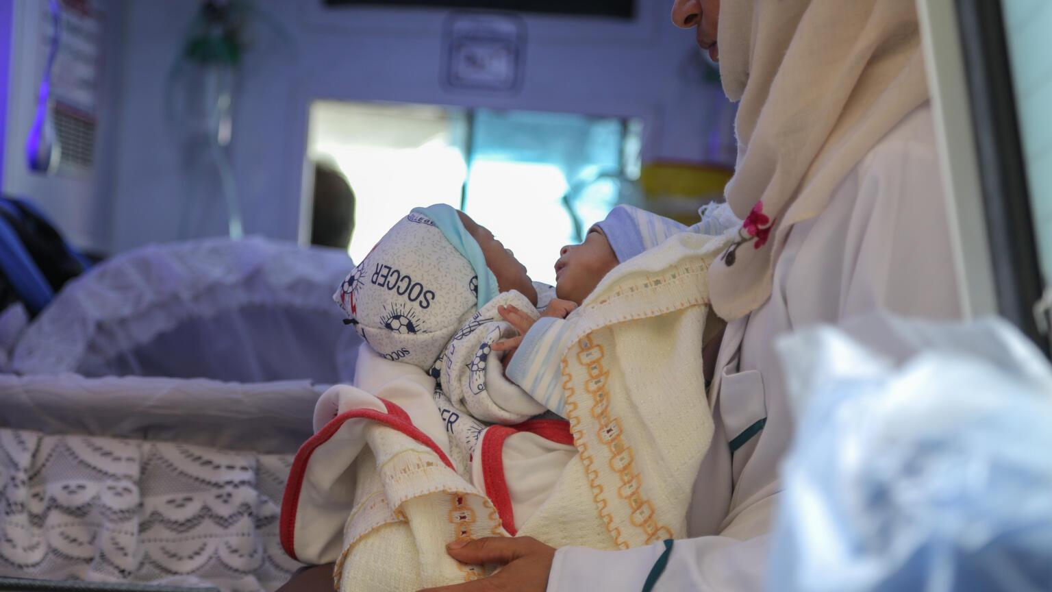 Naděje pro siamská dvojčata vJemenu