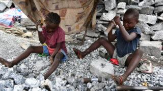 Počet pracujících dětí vzrostl na 160 milionů